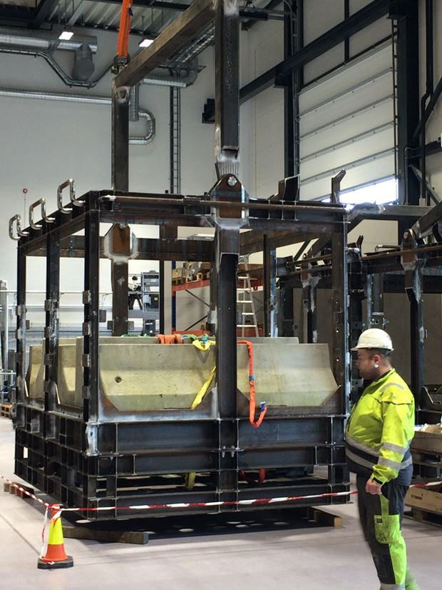 load test of aker rov basket
